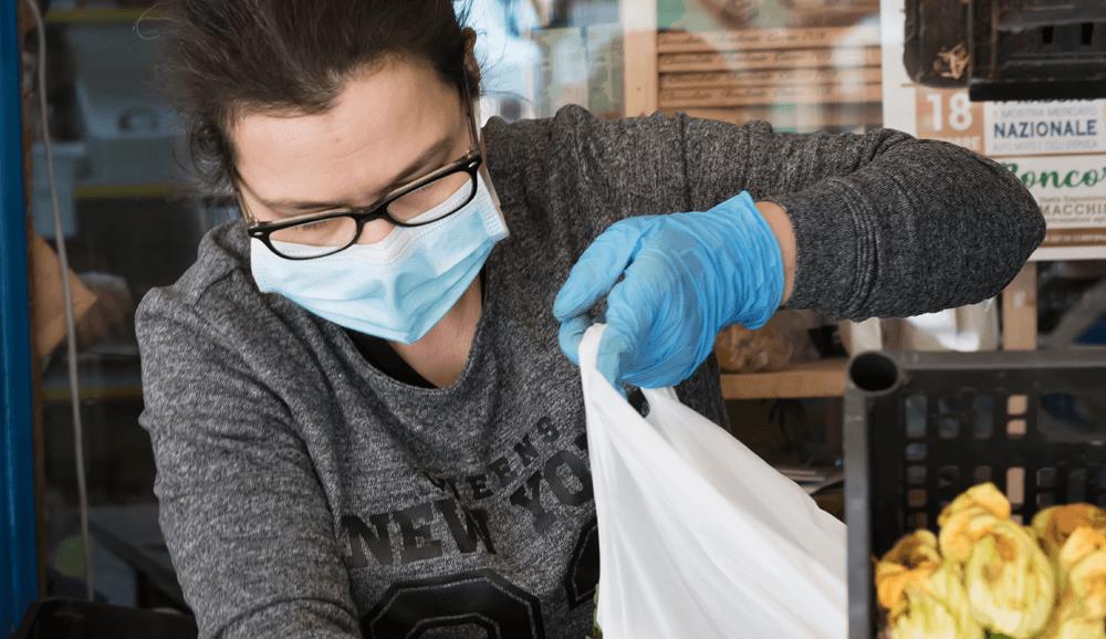 التسوق أثناء تفشي فايروس كورونا